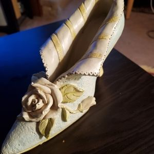 Bogo sale!!*ceramic shoe decor